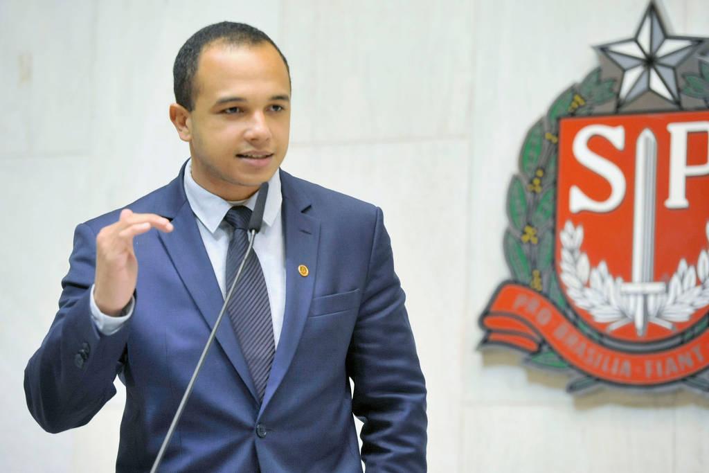 agradecimento-ao-deputado-estadual-douglas-garcia - Acao Comunicativa
